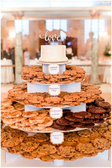 Torre de Galletas boda Candy Bar - The Sweet Dates