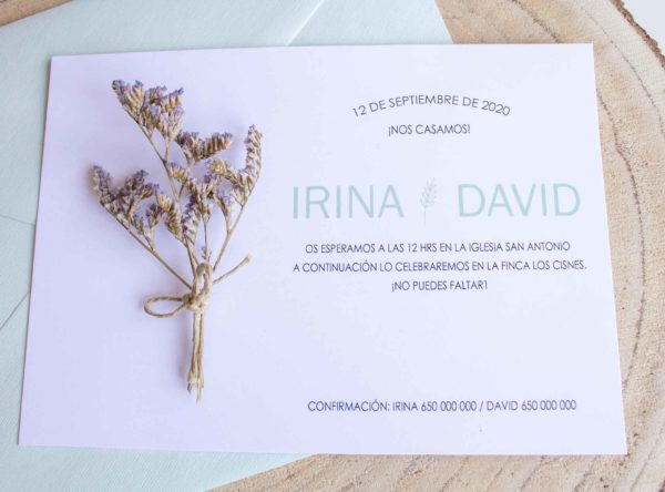 Invitacion boda tarjeton con flores preservadas aguamarina - The sweet dates Zaragoza papeleria