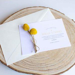 Invitación boda tarjetón con flores secas preservadas Zaragoza
