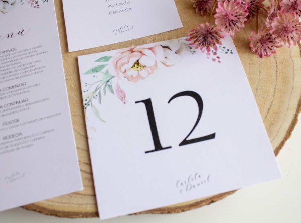 Mesero boda Epidia cuadrado para indicar el número de mesa ceremonia - The Sweet Dates Zaragoza